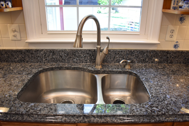 Sink with granite top
